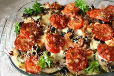 Kreikkalainen jauheliha-kasvisvuoka on päivitetty versio lapsuusherkustani, jauheliha-perunalaatikosta. Greek style casserole with vegetables, minced meat and lots of cheese.