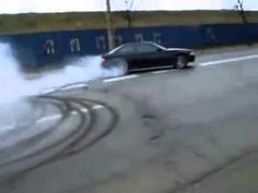 Amazing ilegal drift In the middle of the street