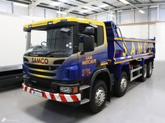 Samco Ltd's first full vehicle wrap. This was designed in-house with the steer of the client. We fully wrapped the cab and added cut graphics to the body of the tripper as well as chapter 8 reflective vinyl to the tail gate. We are looking forward to the next landing with us in December.... 