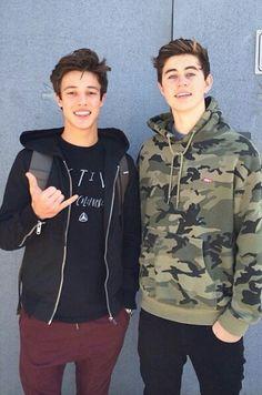 Cameron Dallas and Nash Grier ( MagCon Boys)