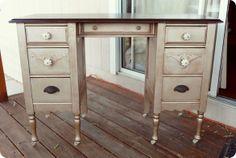 Champagne desk at twicelovely.blogspot.com
