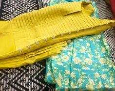 Best 11 Love the neck design Churidar Pattern, Kurti Patterns, Dress Patterns, Salwar Designs, Kurta Designs Women, Blouse Designs, Dress Designs, Pakistani Dresses, Indian Dresses