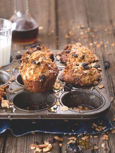 Na muffinech je skvělé to, jak jsou praktické: v jediném kousku, který se dá vzít pohodlně do ruky, máte kompletní snídani nebo svačinu. Breakfast, Recipes, Cakes, Food, Kitchen, Shapes, Morning Coffee, Cooking, Meal