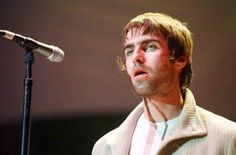 Noel Gallagher Young, Liam Gallagher Oasis, Britpop, Rock N Roll, Nostalgia, Musicians, Bands, Inspiration, Biblical Inspiration