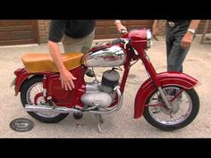 Allan comes across a few vintage Jawa motorcycles. Not only is the owner a collector but he also worked at the Jawa factory when these bikes were built. Motorcycle Engine, Cool Bikes, Motorbikes, Motorcycles, Vroom Vroom, Scooters, Vintage, Honda, Cars