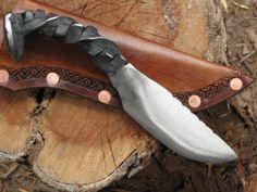 Handforged railroad spike #knife