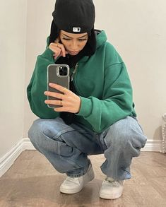 Tomboy Fashion, Teen Fashion Outfits, Retro Outfits, Mode Outfits, Streetwear Fashion, 90s Fashion, Baddie Outfits Casual, Cute Swag Outfits, Trendy Outfits