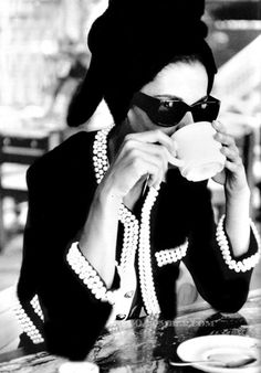 NOT Chanel (and not Audrey Hepburn either). This is a model posing in a Chanel suit and sunglasses 18 years after Chanel's death. Patrick Demarchelier, Vogue Germany, Decembr 1989.