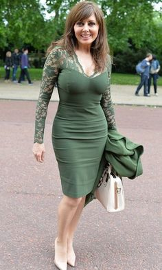 """my-perfect-lady: """"What a perfect mature body! Carol Vorderman, Hottest Female Celebrities, Celebs, Beautiful Old Woman, Voluptuous Women, Green Lace, Perfect Woman, Pencil Dress, Lace Sleeves"""