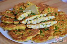Chutné, křehké a šťavnaté kuřecí řízky na francouzský způsob. Příprava je velmi jednoduchá a hlavně rychlá. Samozřejmě krájení trvá sice déle, ale stojí to určitě za vyzkoušení. Jsou jemné a velmi křehké. Podávala jsem je s bramborovou kaší, klasickou s mlékem a máslem. Autor: Lacusin Vegetable Recipes, Meat Recipes, Chicken Recipes, Cooking Recipes, Healthy Recipes, Hungarian Recipes, French Food, Food To Make, Breakfast Recipes