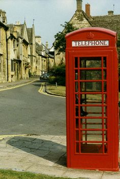 Chipping Campden, Cotswolds, UK- phonebooth by WVJazzman, via Flickr,