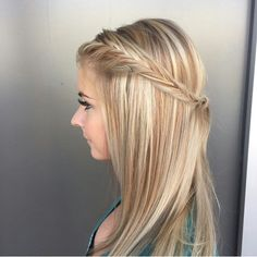 Blondes are Beautiful! !! Deminsions of blondes are so much fun. And can we talk about this soft side fish tail by Audi @seasonssalonanddayspa #seasonssalon #lorealpro #color #colorspecialist #btc #btcpics #LP #welovecolor @behindthechair #blondehighlights #blondehair #blondes #blondbombshell @instabraid #breezyslist #braids #braidsandbalayage #fishtail #Padgram