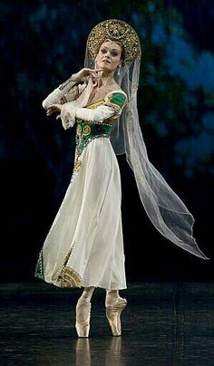 Ulyana Lopatkina /Russian Dance
