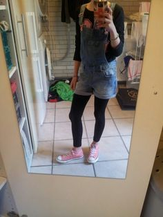 Shirt-takko tuinbroek-WE legging-action schoenen-all stars converce