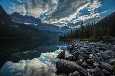"""5 Picturesque Canadian Lakes Not Named """"Moraine"""""""