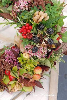 Harvest festival wreath by Vita Ranunkler