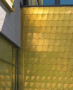 Gold comes, gold stays | Architecture at Stylepark