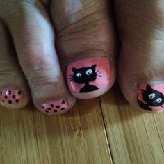 Black cat and pink pedicure