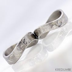 Hey, I found this really awesome Etsy listing at https://www.etsy.com/listing/115936250/infinity-wedding-ring-womens-ring-mens