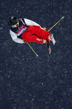 Aaron Blunck of the United States competes in the Freestyle Skiing Men's Ski Halfpipe Qualification (c) Getty Images Landscaping Near Me, Landscaping Company, Mikaela Shiffrin, Freestyle Skiing, Riders On The Storm, Workout Routines For Women, Mens Skis, World Of Sports, Sport Motivation