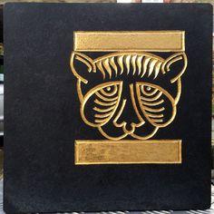 Lesopdracht: Armeense symbolen, zwarte lekstenen bladgoud 23k.: