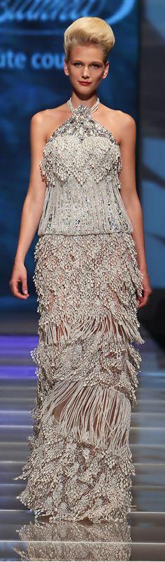 nuancesdechic: (via Blanka Matragi ● Evening Gown Stunning Dresses, Beautiful Gowns, Elegant Dresses, Beautiful Outfits, Nice Dresses, Couture Fashion, Runway Fashion, Fashion Wear, Glamour