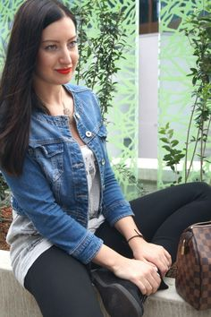 Red Lips Mixed up with Casual jeans jacket, leggins and wedges! Casual Jeans, Red Lips, My Outfit, Vest, Wedges, Denim, Jackets, Outfits, Fashion