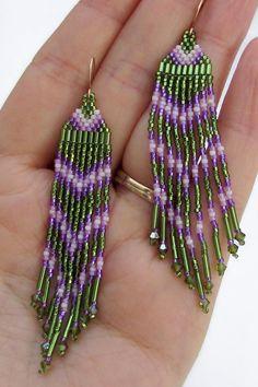 Largo semilla grano pendientes 3 pulgadas verde y púrpura
