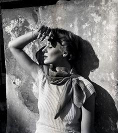 Italian fashions photo shoot for Harper's Bazaar, 1952, Rome, Italy. Photo by Genevieve Naylor