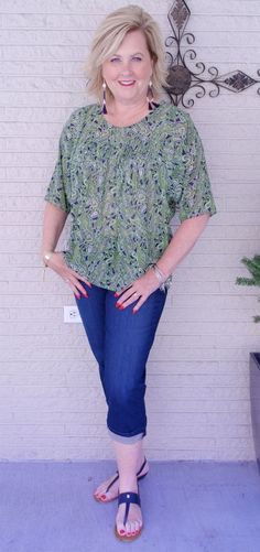 50 IS NOT OLD | HOW TO GET A PERFECT CROPPED HEM | FASHION OVER 40 | Paisley Print | Fashion over 40 for the everyday woman |