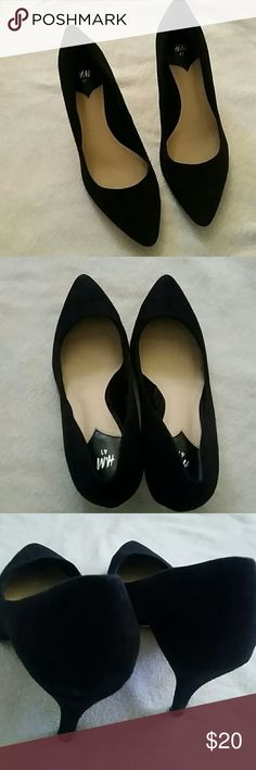 SALE!! H&M Black Suede Heels Adorable black suede heels from H&M. Excellent for work pants or a beautiful skirt. Have been worn as shown in final photos, bu t have lots of life left. Great overall. H&M Shoes Heels