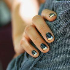 Metallic-tipped mani