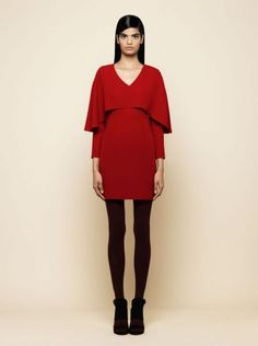 vestido de fiesta corto de manga larga rojo con capa invitada boda, coctel…