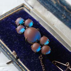 Vintage Antique Edwardian Saphiret Glass brooch