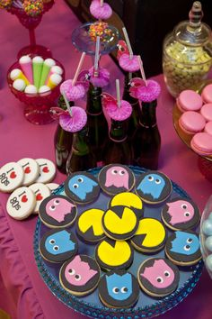 Pacman cookies from Little big Company's 80s party