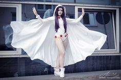 That cape! Love this rare white Raven cosplay. - 10 Raven Cosplays