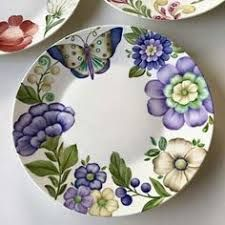 China Painting, Ceramic Painting, Ceramic Art, Porcelain Ceramics, Ceramic Plates, Diy Crafts For Gifts, Arts And Crafts, Zentangle, Pottery Painting Designs