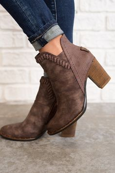 Weston Leather Booties (Brown) Love the detailing! Suede Ankle Boots, Leather Booties, Bootie Boots, Shoe Boots, Brown Booties, Fall Booties, Ankle Booties, Cute Shoes, Me Too Shoes