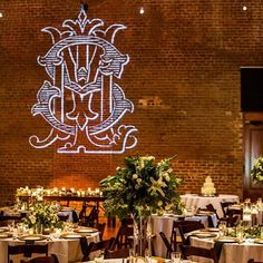 Get LIT! 🌟 Transform a brick wall from simple to spectacular with a gorgeous Shuler Studio monogram GOBO!  This one for Lexi + Matt was a…