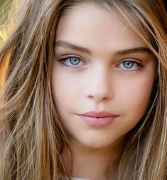 Jade Weber ~ beautiful close up Most Beautiful Faces, Beautiful Children, Beautiful Eyes, Beautiful People, Beautiful Pictures, Pretty Eyes, Cool Eyes, Girl Face, Woman Face