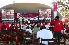 """©Sin titulo, de la serie: """"Campaña PRIÍSTA 2012"""" 13 de Mayo de 2013, Campeche, Camp; México"""