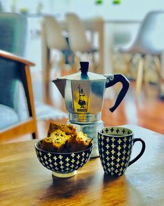 Buttermilk Rusks / Karringmelk Beskuit #baking #southafrican #coffeetime #bakedgoods #mokaexpress #bialetti #espresso #etsybake