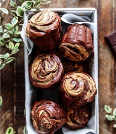 Chocolate and Nut Butter Muffins Chocolate Chia Seed Pudding, Paleo Chocolate, Chocolate Peanut Butter, Chocolate Recipes, Paleo Peanut Butter, Peanut Butter Muffins, Muffin Recipes, Breakfast Recipes