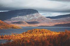 Photo by Julia Kivelä @julia_kivela Beautiful Saana fell, Finnish Lapland. #filmlapland #finlandlapland #arcticshooting