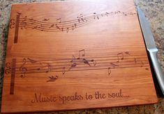 Personalized cutting board Music Lover by 4EvergreenEngraving