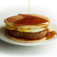 Pancakes and Sausage Breakfast Sandwich - HamiltonBeach.com