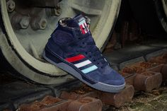 """Packer Shoes and adidas have come together to do things to the Conductor Hi and the result from the flow of the combined creative juices is the """"NJ Americans"""" inspired by the ABA predecessors of Brooklyn Nets - New Jersey Americans. Adidas Originals, Adidas High Tops, Mens Gear, Yeezy Shoes, Skate Shoes, Stylish Men, Blue Shoes, Adidas Shoes, Me Too Shoes"""