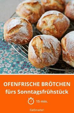 Ofenfrische Brötchen - fürs Sonntagsfrühstück - smarter - Zeit: 15 Min. | eatsmarter.de