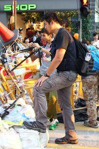 中共在香港挑动群众斗群众 炮制假外国势力 | 雨伞运动 | 占中 | 香港普选 | 大纪元