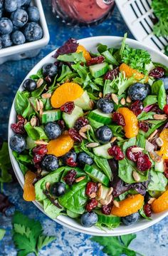 Cranberry Blueberry Salad with Blueberry Balsamic Dressing I'm head over heels in LOVE with this healthy Cranberry Blueberry Spring Mix Salad with Blueberry Balsamic Dressing! This scrumptious Summer salad is fun, fruity, and full of flavor! Salad Recipes For Dinner, Healthy Salad Recipes, Healthy Snacks, Healthy Eating, Spinach Salad Recipes, Fresh Salad Recipes, Balsamic Salad Recipes, Pasta Recipes, Cake Recipes